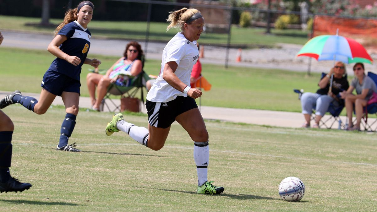 Shires' late goal lifts CU to 2-1 win