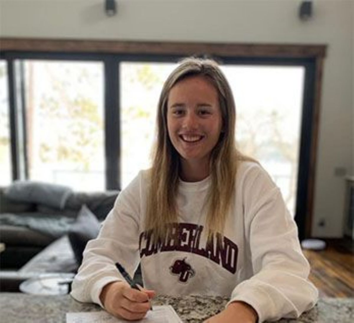 Krieger signs with Women's Golf
