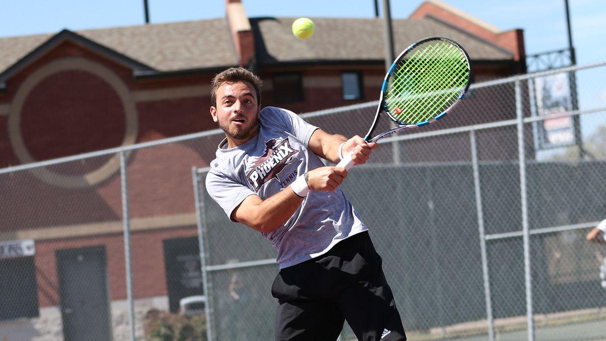 Four men advances in singles at ITA regionals