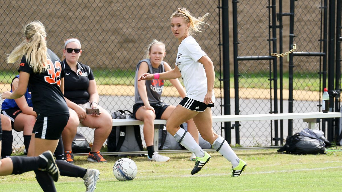 Goals from Shires, Kisiloski lead 2-0 road win