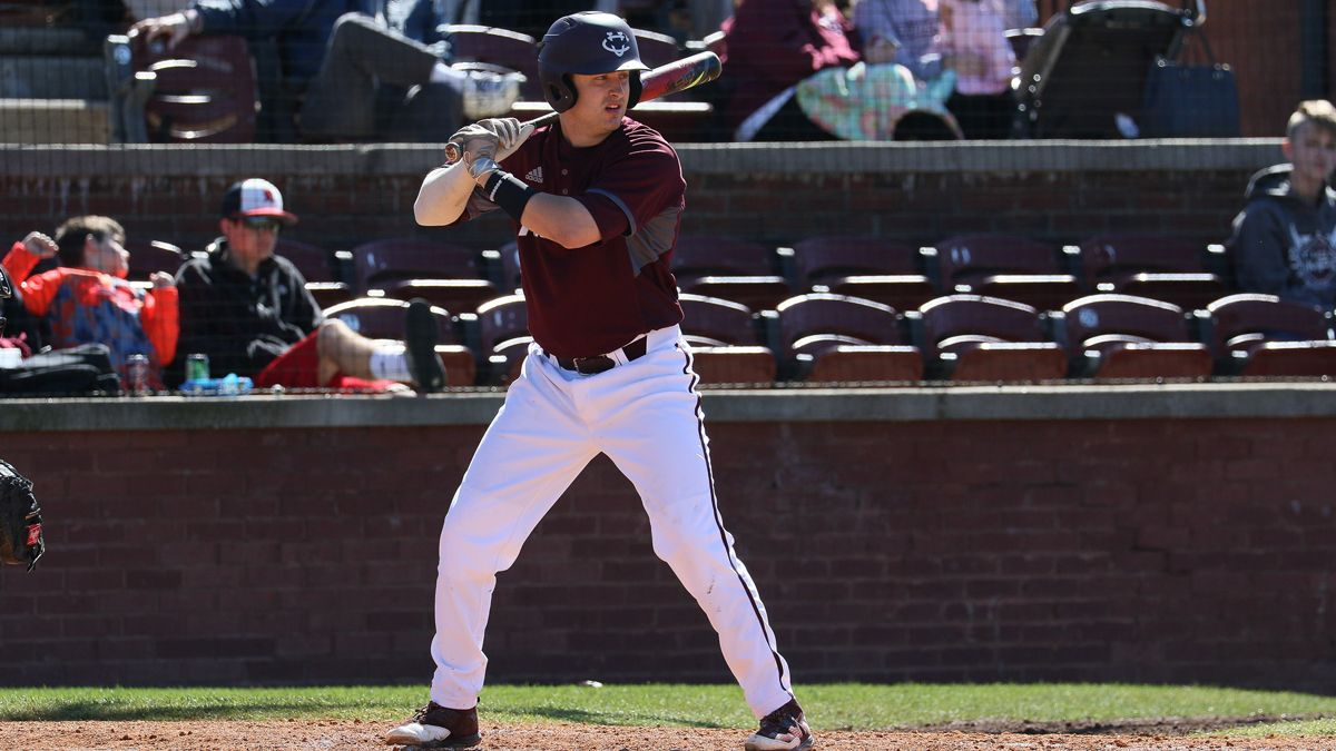 Phoenix pound out 16 hits in 13-5 win over RedHawks