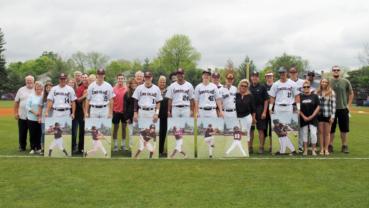 Phoenix get 13-3 Senior Day victory over Bears