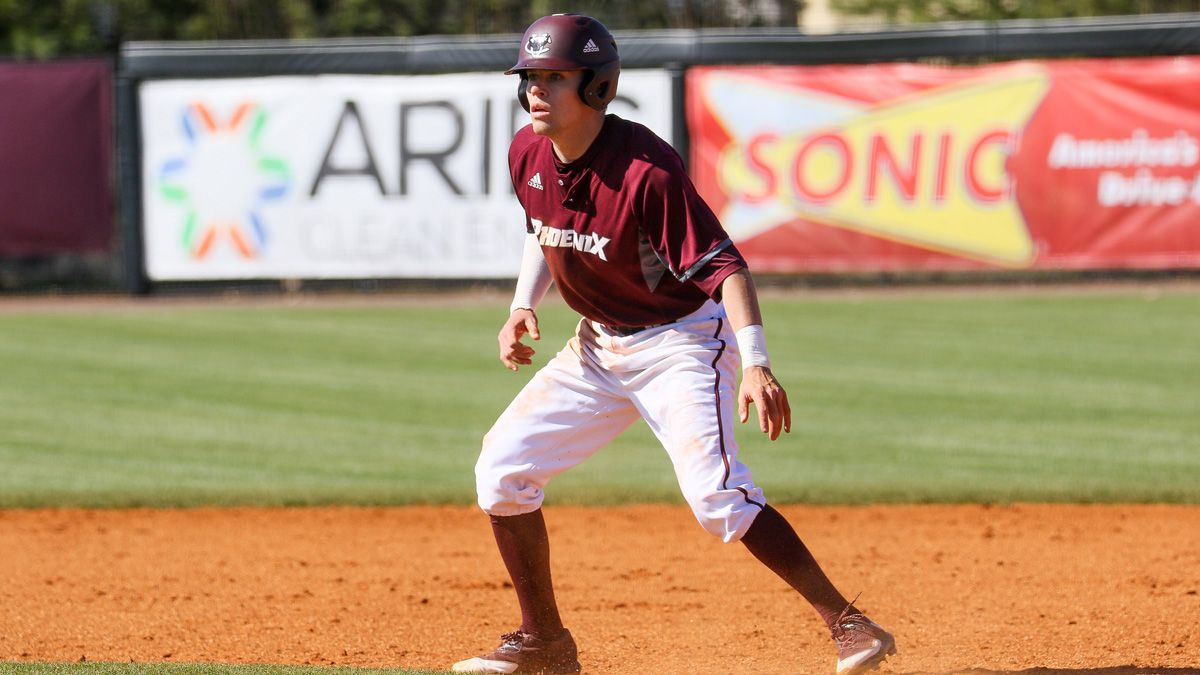 Thirteen baseball players named Academic All-Mid-South