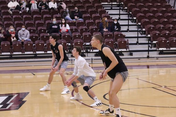 Phoenix falls to Warner 3-0 and Sweeps St. Andrews 3-0