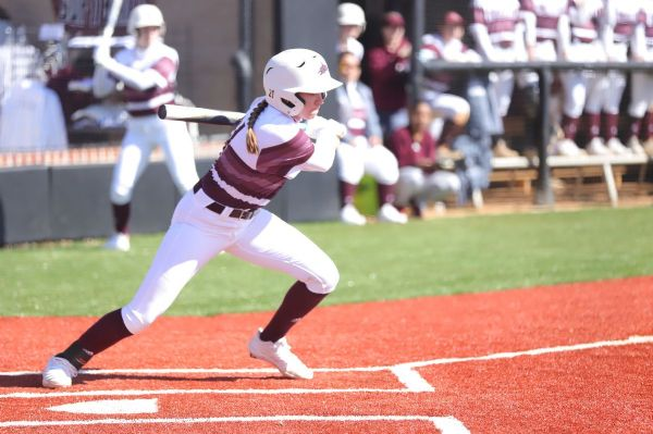 Phoenix Softball splits second doubleheader against Pikeville