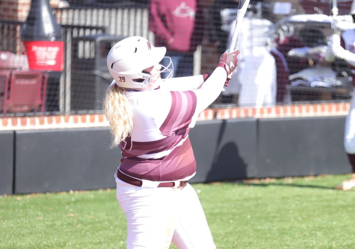 Cumberland Softball picks up a big road win, split doubleheader with Patriots