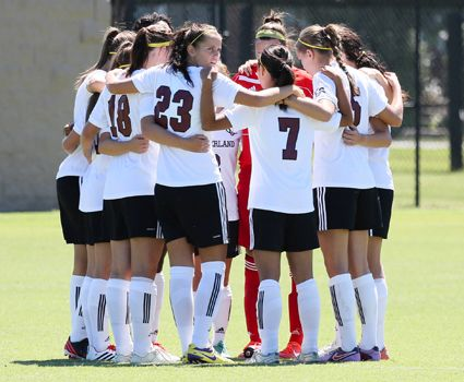 Women's soccer now 11th in nation in Coaches' Poll