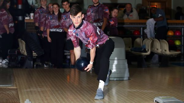 Men's Bowling finishes 11th at Baker Shootout