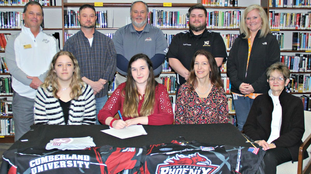 Mt. Juliet's Glover signs with Phoenix bowling