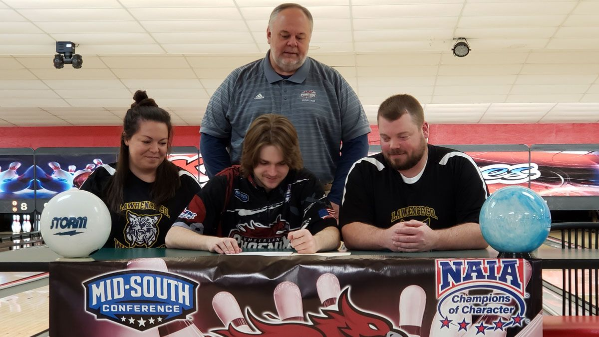 Lawrenceburg's Jennings inks with CU bowling