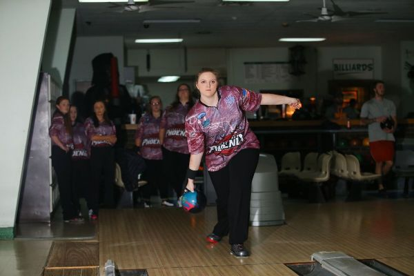Women's Bowling finishes 11th at Baker Shootout