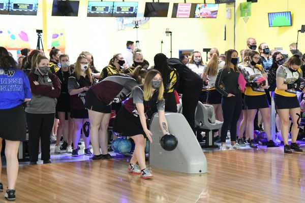 Cumberland Women's Bowling competes at MSC Championships