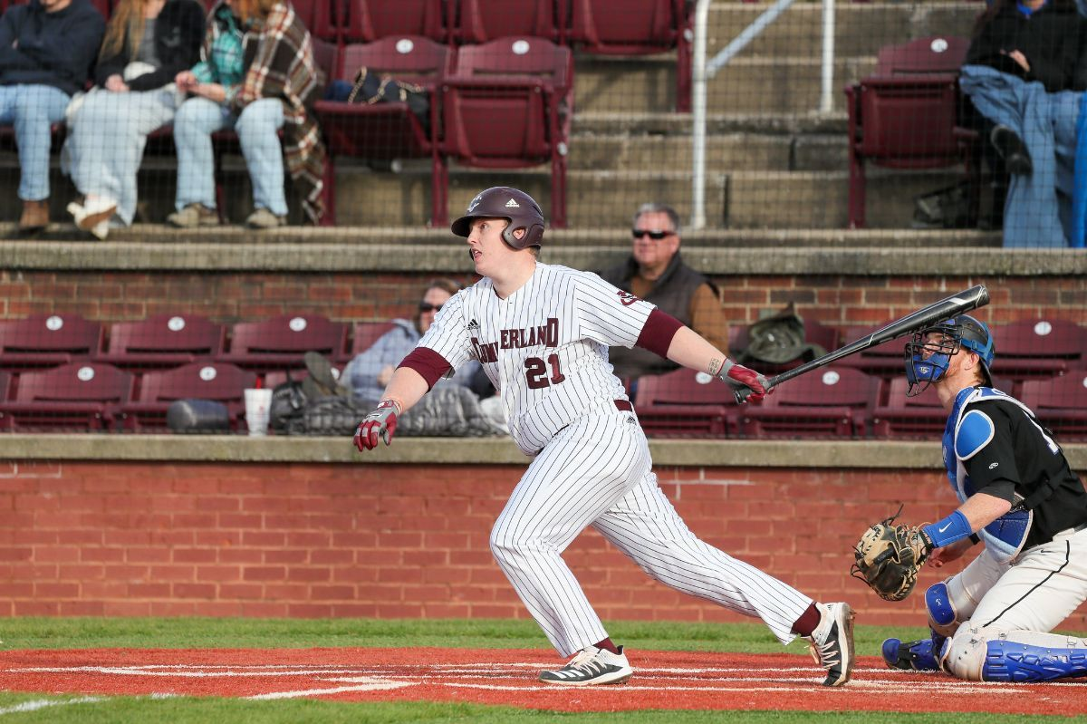 Baseball splits with Brewton Parker