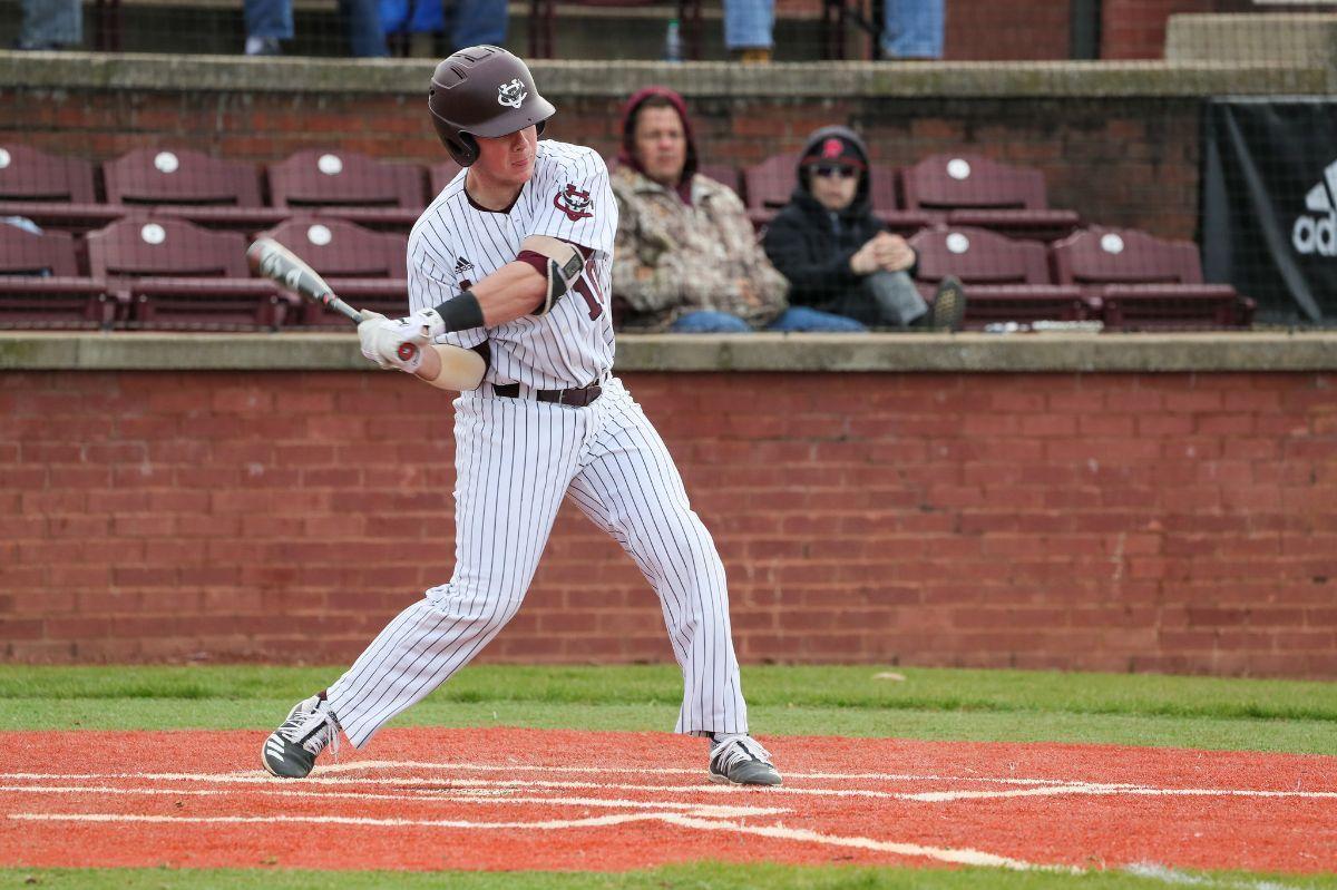 Cumberland baseball splits doubleheader with Brewton Parker