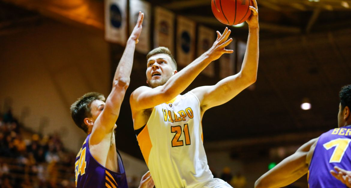 Men's Basketball Continues Strong Start to MVC Play With Win Over UNI Saturday