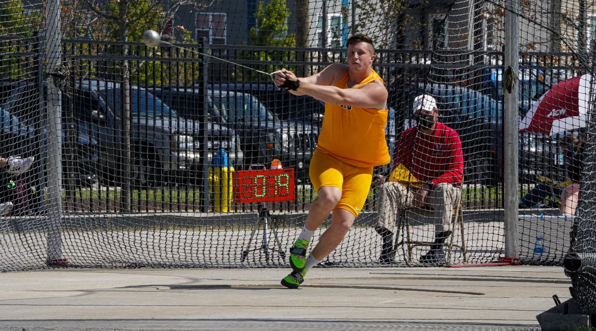 Four Top-10 Finishers Lead Valpo on Friday at Gibson Invitational