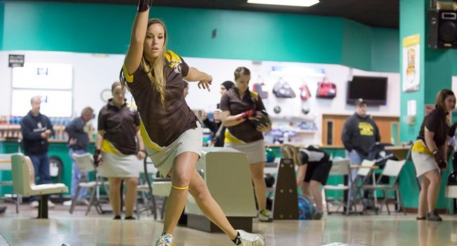 Bowling Closes Out 2013-14 Campaign Sunday