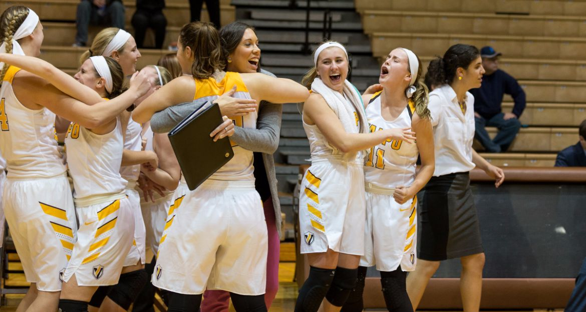 Twice is Nice: Lindfors Layup Lifts Valpo to Second Buzzer-Beating Win in Last Nine Days
