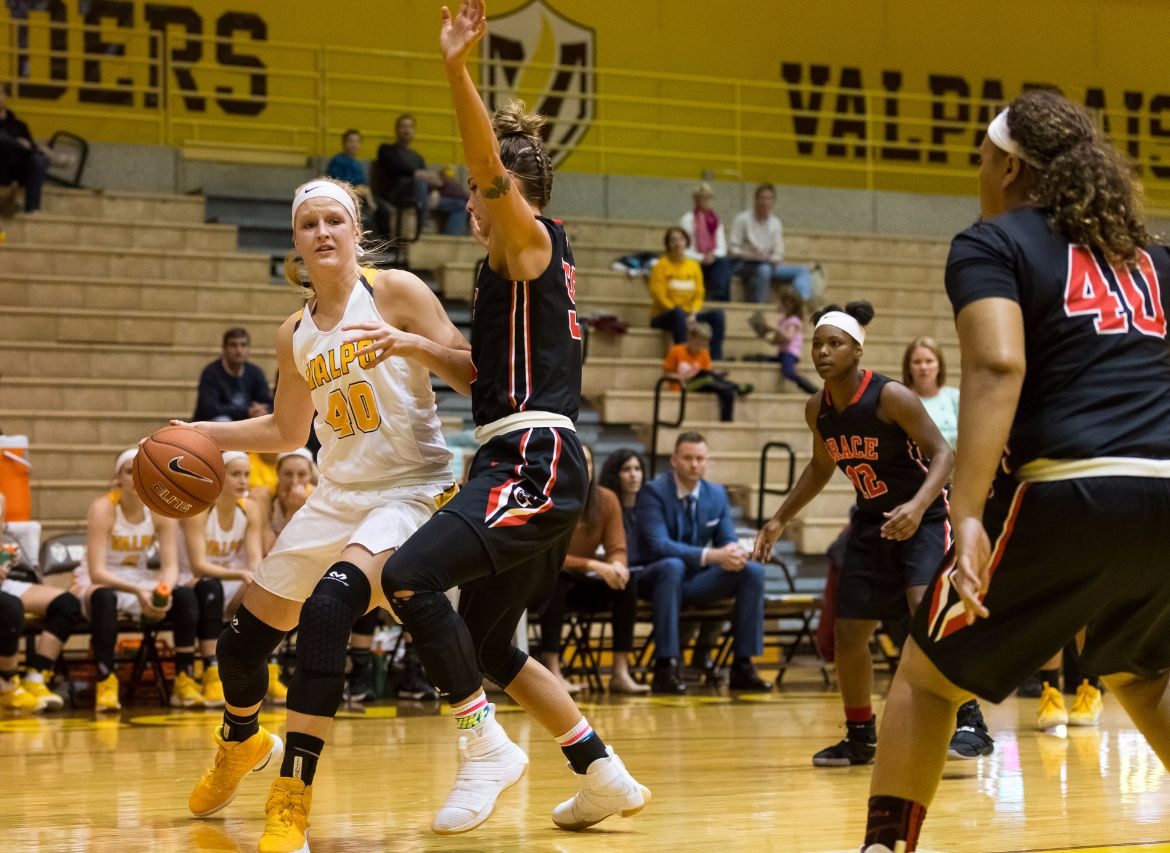 Crusaders Down Grace, Hold Winning Record Through Nine Games