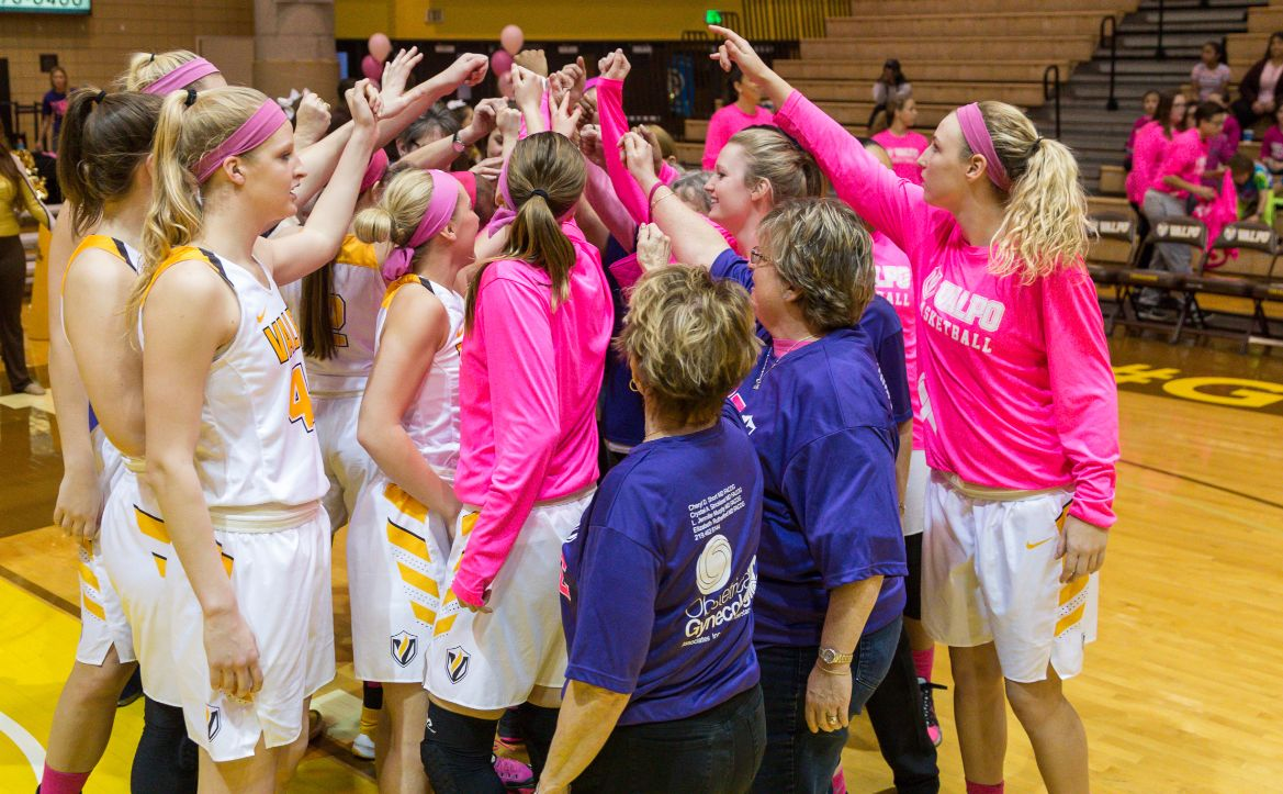 Women's Basketball Hits Road to Face Milwaukee