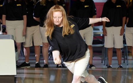 #11 Valparaiso a Close Second after Day One of Warhawk Classic