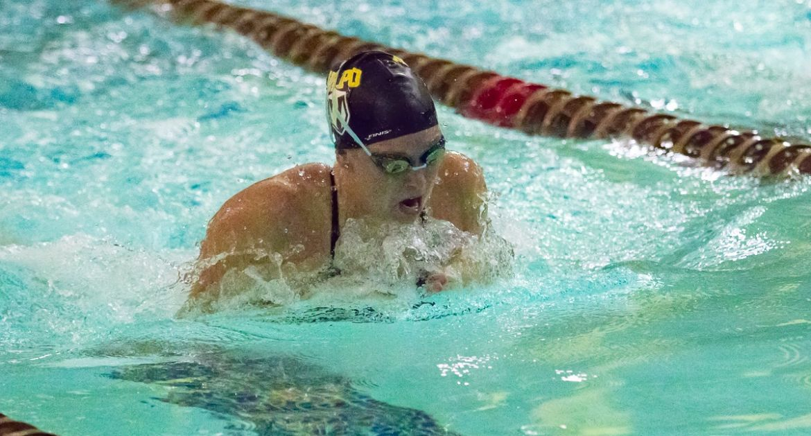 Valpo Swimming Hosts First Home Meet of Year Friday