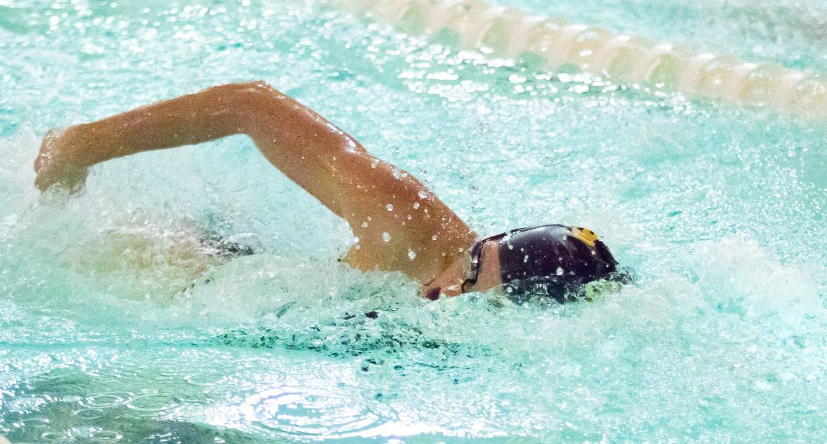 Wright Improves Program Record as Women's Swimming Opens MVC Championships