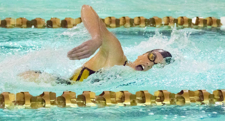 Men's, Women's Swimming Sweep Bethel Friday