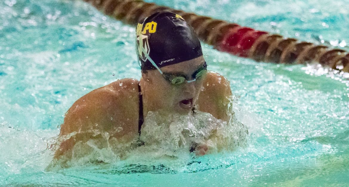 Valpo Women's Swimming Earns Win Saturday Over SVSU