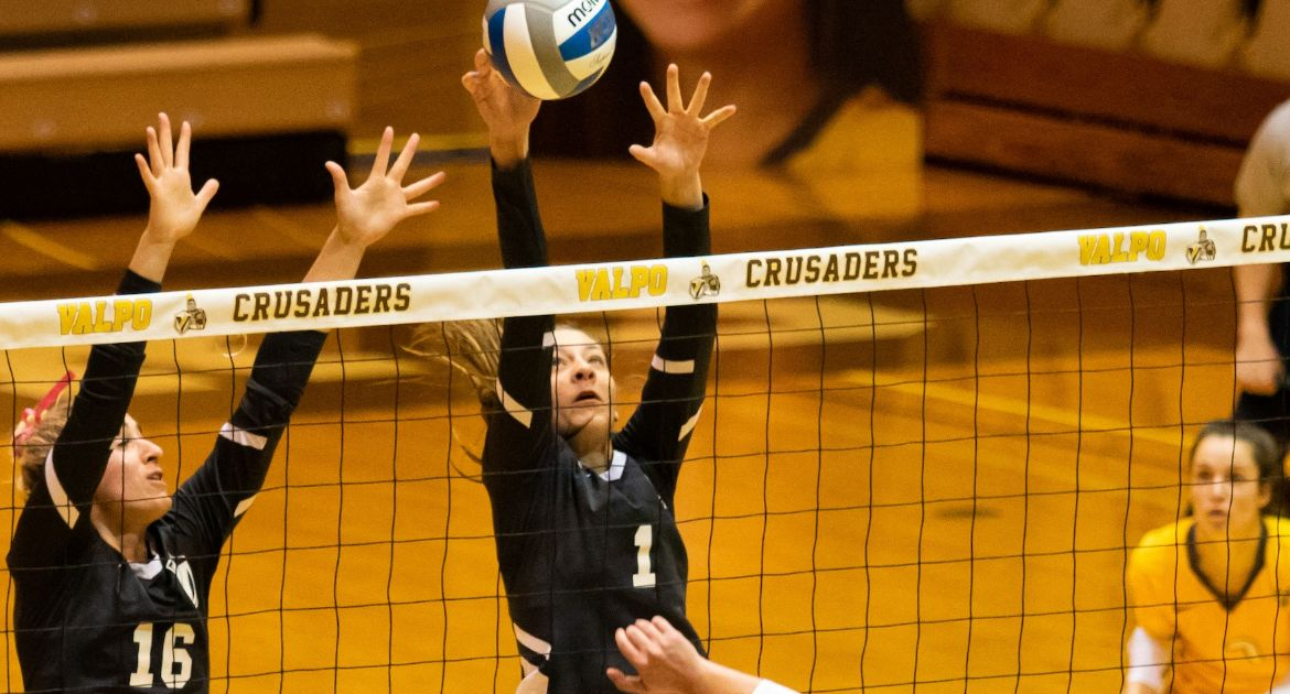 Volleyball Falls at Bradley Friday Night