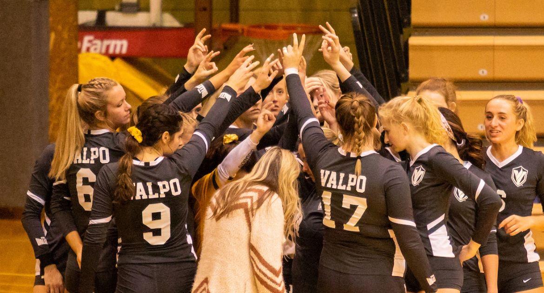 Volleyball Signs Mallory Januski to NLI