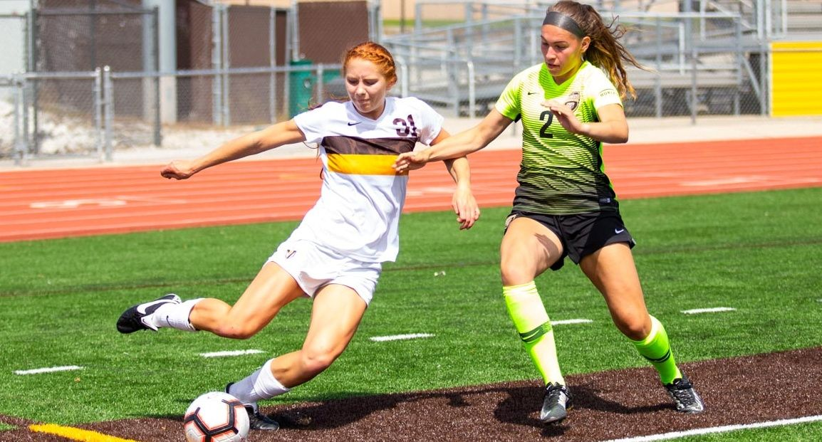 Valpo Women's Soccer Falls to Oakland Sunday