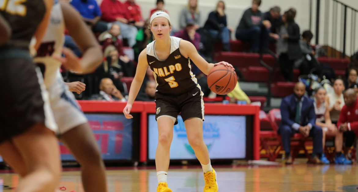 Valpo Rolls to Third Straight Win, Downs Detroit Mercy Thursday Morning