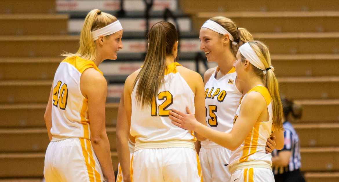 Women's Basketball Aims For Sixth Straight Win Saturday