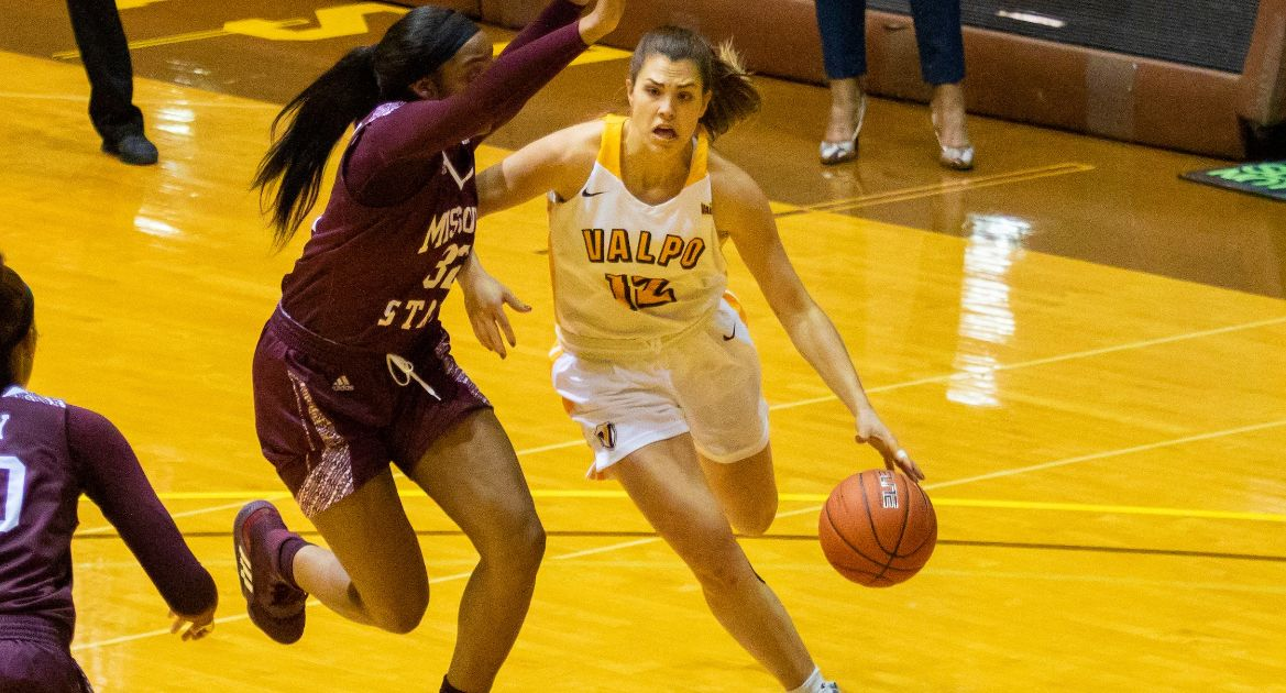 Valpo Earns Fourth Straight Road Win With Victory at Indiana State
