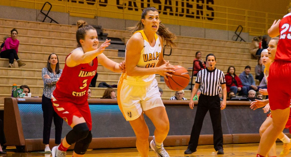 Women's Basketball Earns Key Road Win at Illinois State Sunday