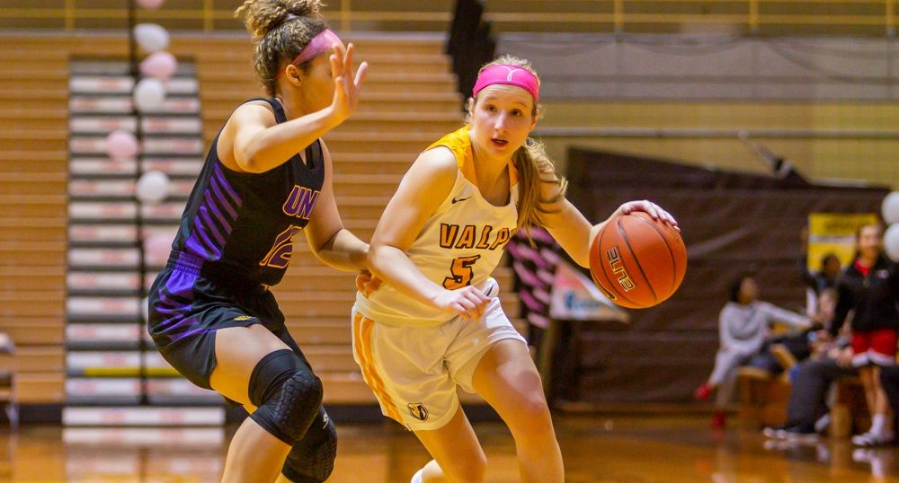 Women's Basketball Secures Winning Season With Victory Over UNI