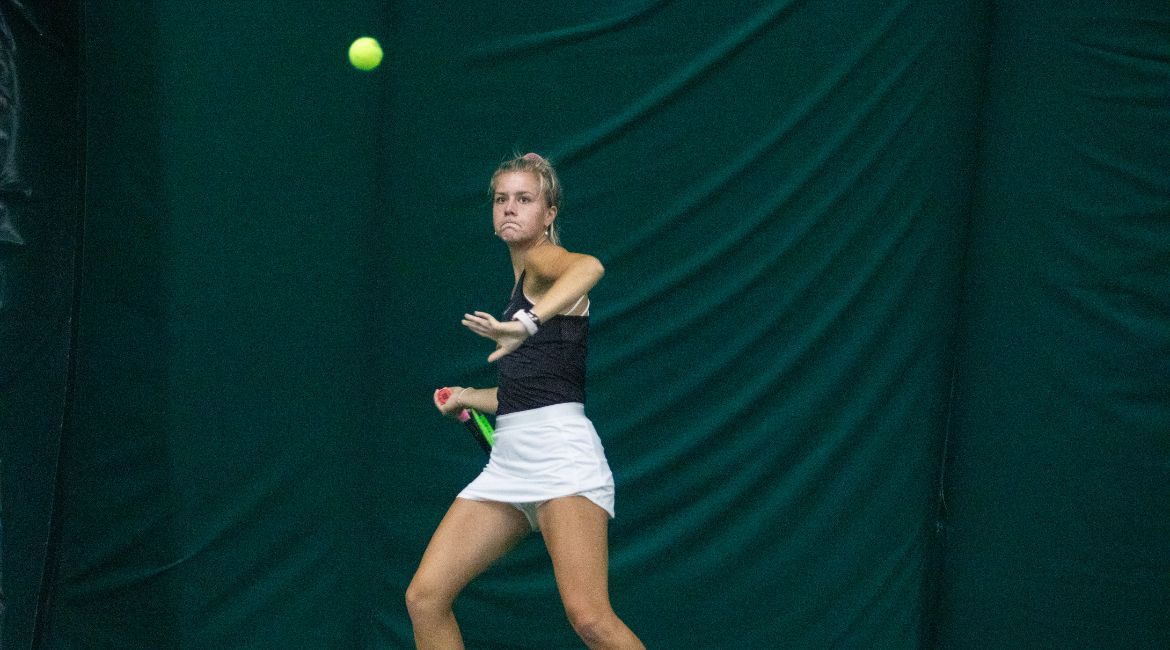 Olivia Czerwonka to Play for Conference Titles in Singles, Doubles