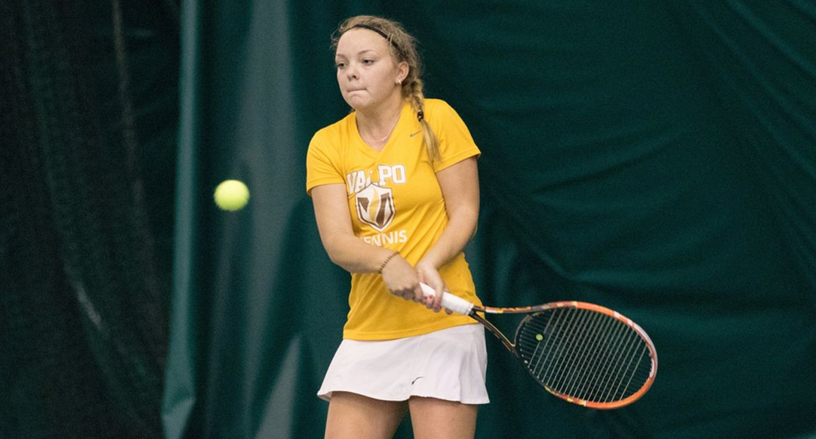 Kopfer, Wind Win Matches on Final Day of Bronco Invitational
