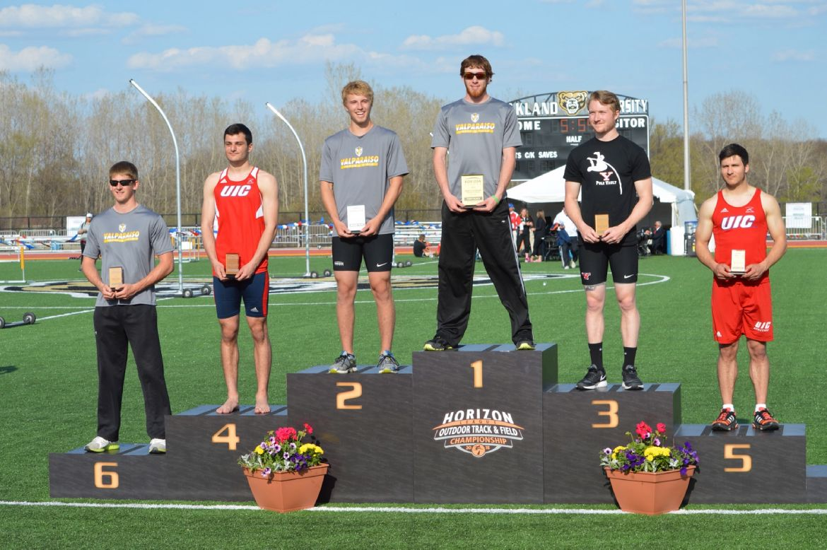 Zosso, Watson Clear New Heights, Valpo Stays in Second at Horizon League Outdoor Championship