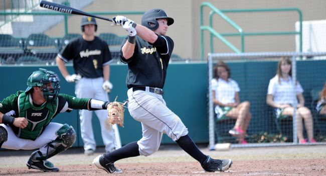 Valpo Burns Bobcats in Extras; Foreman Impresses in Return to Texas