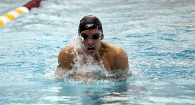 Calvin College Invitational Concludes with 5th, 6th Place Results