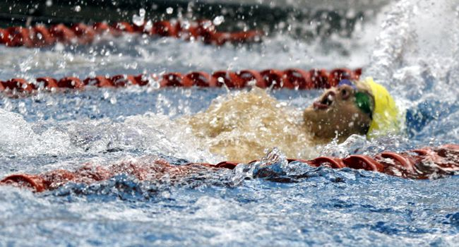 Crusader Men, Women in 4th after First Day at Calvin College Invitational