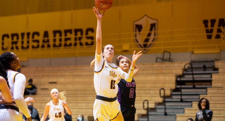 Women's Basketball Returns Home to Host Loyola Tuesday