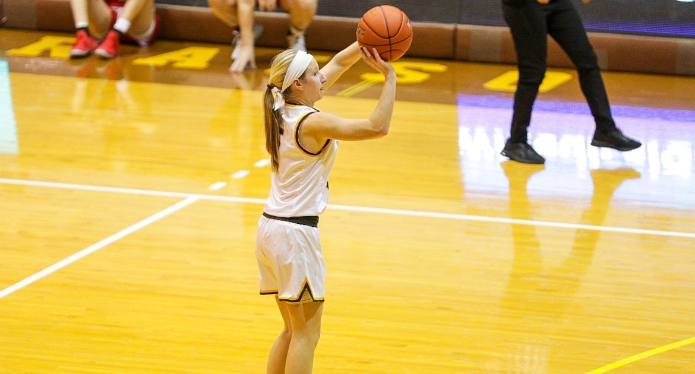 Women's Basketball Ties Program 3-Point Record in Win Over Bradley