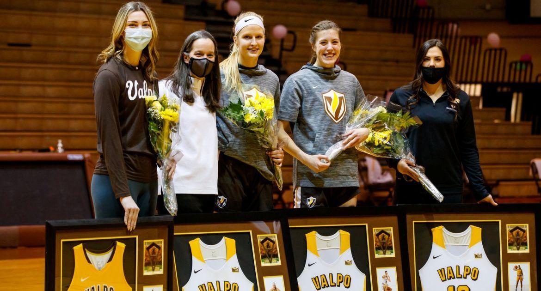 Women's Basketball Claims Senior Night Win Over Evansville