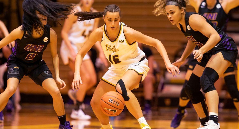 Women's Basketball Falls at Drake Friday Evening