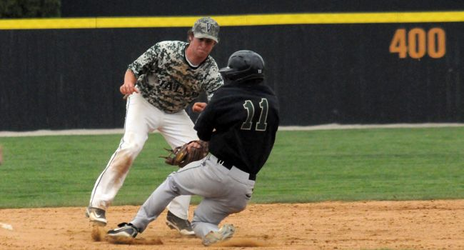 Late Rally Falls Short for Valpo in Series Finale Versus Wright State