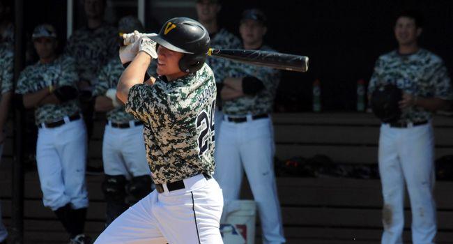 Crusader Baseball Heads to Milwaukee This Weekend