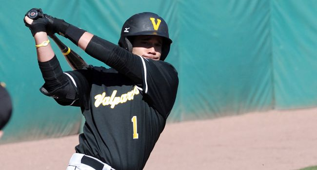 Eighth Inning Rally Sends Valpo to Horizon League Championship